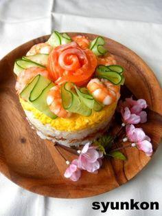 ケーキ形に詰めて飾るだけ☆簡単綺麗なひな祭りのちらし寿司♡