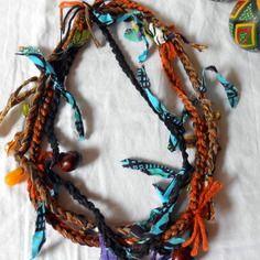 "Collier textile multicolore  style ""ethnique"""