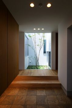 Japanese Home Design, Japanese House, Natural Interior, Minimalist Architecture, Grand Homes, Vestibule, Contemporary Interior Design, Small Rooms, Downlights