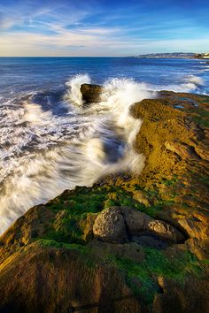 Waves At Sunset Cliffs - Point Loma, San Diego, California http://www.stopsleepgo.com/vacation-rentals/san-diego/san-diego/california/united-states