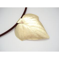 Hammered Brass Leaf Contemporary Pendant Unique Handmade Pendant... ($38) ❤ liked on Polyvore featuring jewelry, necklaces, pendant jewelry, bronze jewelry, hammered jewelry, leaf pendant and brass necklace