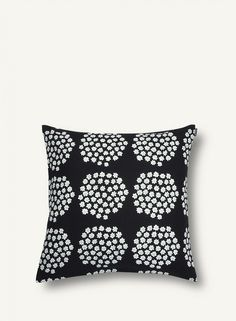 Marimekko Puketti Black / Green Throw Pillow Instantly transform your sofa or chair with this Marimekko throw pillow. Puketti, Finnish for bouquet, was one of Annika Rimala's earliest design contributions to Marimekko and is now available in a ne. Textile Patterns, Textile Design, Textiles, Contemporary Cushions, Mohair Throw, Hand Knit Blanket, Black Throw Pillows, Marimekko, Green Dot