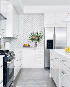 Herringbone pattern backsplash: home design: beautiful kitchen design wit. Red Kitchen, Kitchen Decor, Kitchen Design, Kitchen Hacks, Diy Kitchen Cabinets, Kitchen Backsplash, Home Design, Interior Design, Best Flooring For Kitchen