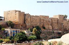 Citadel of Raymond de Saint-Gilles (Qala'at Sanjil), Tripoli, Lebanon - www.castlesandmanorhouses.com