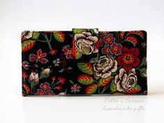 Handmade women wallet  - classic floral - handmade and vegan - custom wallet - gift ideas for her - Vera Bradley fabric by PatrisCorner on Etsy