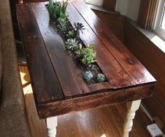 Pallet succulent side table