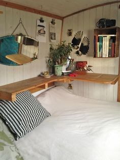 Beautiful Narrowboat for sale - mooring until April 2016 Tiny Living, Living Spaces, Canal Boat Interior, Narrowboat Interiors, Boat Bed, Houseboat Living, Tiny House Movement, House On Wheels, Rustic Design