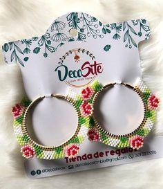 Nicole Miller New York Green Beaded Tassel Drop Leopard Print Triangle Dangle Earrings – Fine Jewelry & Collectibles Brick Stitch Earrings, Seed Bead Earrings, Diy Earrings, Beaded Earrings Patterns, Jewelry Patterns, Beading Patterns, Bead Embroidery Jewelry, Beaded Embroidery, Bead Jewellery