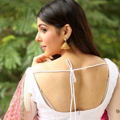 Indian Salwar Suit, Salwar Suits, Diva, Girls Dresses, Poses, Sexy, Beautiful, Dresses Of Girls, Figure Poses