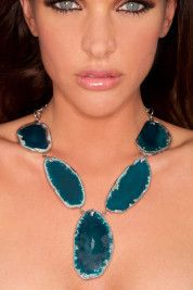 Beautiful Blues - the agate statement necklace..