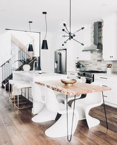 in love with this kitchen and it's layout. ✧ P I N T E R E S T || @jamaicamayy ✧