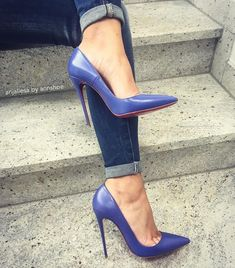 Christian louboutin so kate Hot High Heels, High Heel Boots, High Heel Pumps, Pumps Heels, Stiletto Heels, Blue Pumps, Dr Shoes, Me Too Shoes, Shoes 2018