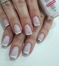 Nails: as francesinhas que nunca saem de moda - Glanz French Manicure Gel Nails, French Nails, Manicure And Pedicure, Toe Nails, Acrylic Nails, Unicorn Nails, Beautiful Nail Designs, Wedding Nails, Nail Tips