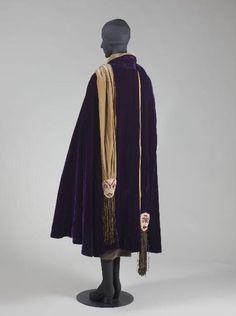 """""""Fédora"""" Paul Poiret, 1924 Musée Galliera de la Mode de la Ville de Paris Back 2"""