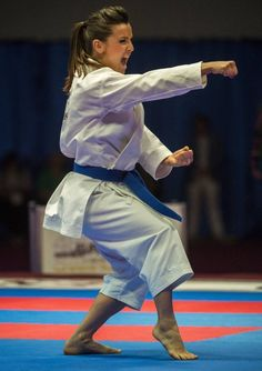 Judo Karate, Karate Kata, Shotokan Karate, Karate Girl, Taekwondo, Female Martial Artists, Martial Arts Women, Jiu Jitsu, Marshal Arts
