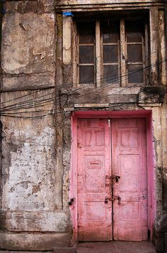 old pink door...such mystery!
