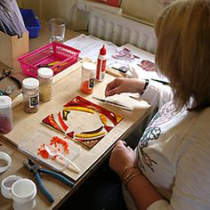 Fused Glass Dish made in glass fusing workshop