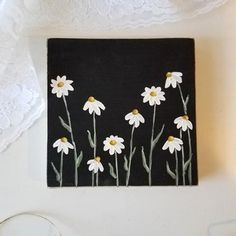 Your place to buy and sell all things handmade Sweet and simple daisy painting on a piece of pine. This painting can stand on its own or can be hung on the attached claw tooth hanger. Easy Canvas Art, Small Canvas Art, Mini Canvas Art, Flower Painting Canvas, Diy Canvas, Daisy Painting, Acrylic Painting Flowers, Simple Acrylic Paintings, Simple Flower Painting