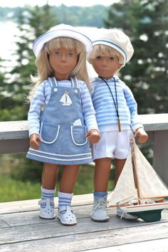 Striped tops - Sasha has a pinafore and Gregor has white shorts Baby Doll Clothes, Baby Dolls, Minion Crochet, Nautical Outfits, Gotz Dolls, Sasha Doll, Cat Doll, American Girl Clothes, Beautiful Friend