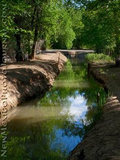 The oldest and only acequia system besides Colorado in the country- http://newmexicophotojournal.com/wp-content/uploads/2011/05/P1010714_acequia.jpg-Los Ranchos de Albuquerque