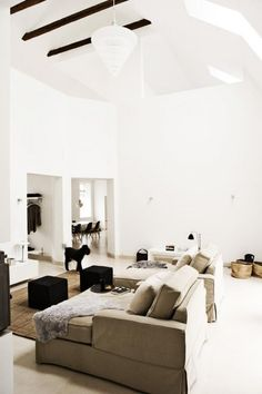 Simplicity less is more decor design
