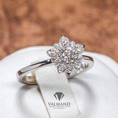 Inel de logodna model fulg de nea din Aur sau Platina cu Diamante i740DIDI -