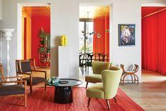 La casa colorida de un diseñador vienés  Sillas de madera italianas de 1910