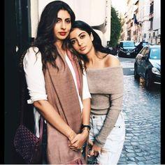 """Amitabh Bachchan's granddaughter Navya Nanda snapped with her mom Shweta Bachchan. @Bollywood …"""