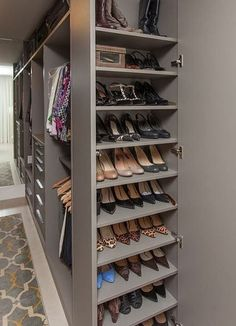 Wardrobe Room, Wardrobe Design Bedroom, Diy Wardrobe, Master Bedroom Closet, Wardrobe Storage, Wardrobe Ideas, Master Suite, Shoe Storage Master Closet, Shoe Closet