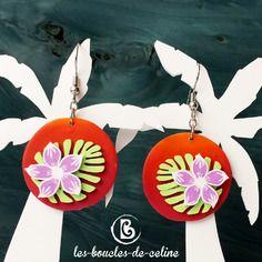 Boucles d'oreilles: fleurs tropicales roses