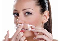 7 Best Upper Lip Hair Removal Home Remedies