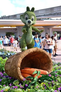 MouseSteps - Epcot Flower & Garden Festival 2015 Tour in Over 240 Photos: Topiaries, Flowers, Merchandise & More