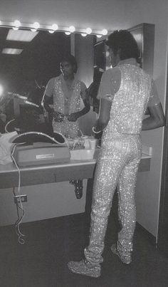 Michael Jackson getting dressed