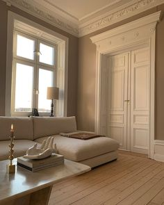 Home Interior Design, Interior Architecture, Living Room Interior, Modern Interior, Modern French Decor, Mediterranean Architecture, Interior Ideas, Living Room Inspiration, Home Decor Inspiration