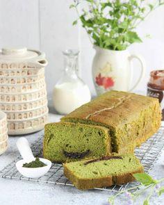 17 Resep dan cara membuat bolu panggang Instagram/@karlinaazis @saffina_bermawi Dessert Cake Recipes, Desserts, Marmer Cake, Bolu Cake, Resep Cake, Traditional Cakes, Brownie Cake, Indonesian Food, Indonesian Recipes