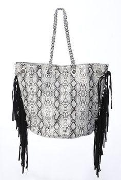 sac à main de couleur blanc et noir