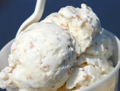 Grape-Nuts Ice Cream At Mount Vernon Ice Cream Factory - Eat. Grape Nut Ice Cream, Vegan Ice Cream, Ice Cream Flavors, Ice Cream Recipes, Gelato, Tortas Light, Ice Cream Festival, Ice Cream Factory, Us Foods
