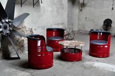 Sofas & Sessel - Fass Sitzgruppe aus 200 l Neu Fass Ölfass Barrel - ein Designerstück von Fasszination bei DaWanda Car Furniture, Barrel Furniture, Garden Furniture Sets, Steel Furniture, Oil Barrel, Metal Barrel, Rustic Couch, Barris, Barrel Projects