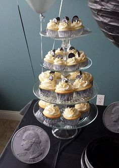 """""""Quarter"""" Century / 25th Birthday Party Cupcakes - By Badabing Cakes"""