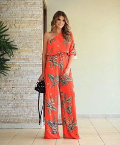Find More at => http://feedproxy.google.com/~r/amazingoutfits/~3/rGHZfR_UmVw/AmazingOutfits.page Luau Dress, Vacation Outfits, Palazzo Pants, Diva Fashion, Only Fashion, Womens Fashion, Travel Wardrobe, Summer Wardrobe, Girl Outfits