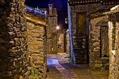 Another gorgeous aldeia de xisto-Gondramaz at night, so neat! #travel #portugal