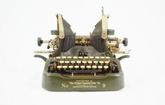The Oliver Standard Visible Typewriter No 9 by LuccaBalesVintage House In The Clouds, Oliver And Company, Antique Typewriter, Old Models, Rolls Royce, Conditioner, The Incredibles, Antiques, Etsy