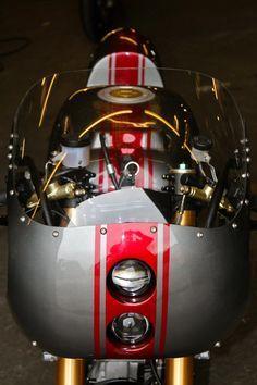 SD09 Made in metal   Inazuma café racer