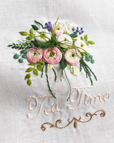 new brazilian embroidery patterns Hand Embroidery Flowers, Hand Embroidery Designs, Ribbon Embroidery, Beaded Embroidery, Cross Stitch Embroidery, Embroidery Patterns, Embroidery Needles, Brazilian Embroidery Stitches, Jacobean Embroidery