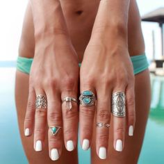 Such a gorgeous selection! Especially enamoured with that little turquoise/triangle midi ring! Via Gypsy Lovin' Light.