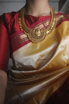 Antique Premium Quality Coin Half Moon Pendant Necklace with matching Earrings.The Necklace embedded with red, green and small gold bead drops. Gold Silk Saree, Indian Silk Sarees, Soft Silk Sarees, Girl Dress Patterns, Blouse Patterns, Skirt Patterns, Coat Patterns, Sewing Patterns, Designer Anarkali Dresses