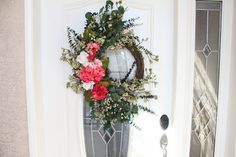 Beautiful grapevine wreath by tinasboutiquehome on Etsy