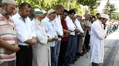 Anggota LSM-LSM Turki Sholat Gaib dan Doa Bersama untuk Muslim Rohingya di Rakhine
