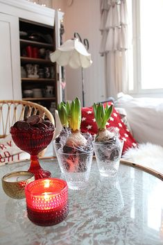 Joulua Table Decorations, Furniture, Home Decor, Decoration Home, Room Decor, Home Furnishings, Home Interior Design, Dinner Table Decorations, Home Decoration