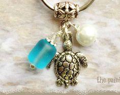 Sea Turtle Key Ring, Personalized, Bag Charm, Zipper Pull, Purse Charm, Beach Glass, Pearl, Tote Bag Charm, Key Ring, Embossed Swivel Clasp
